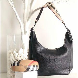Classic black Burberry small bag